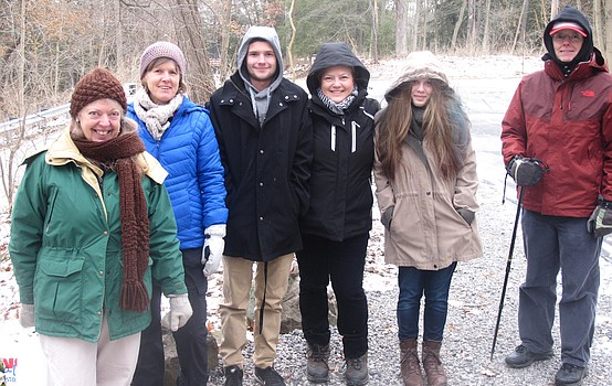 Ford Nature guests make bird feeders and hike