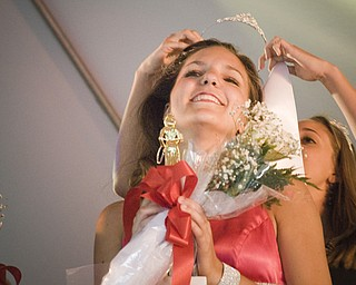 Gina Marie Jones, 17, of Cortland, was crowned queen of the Warren Italian Festival Thursday, August 7, 2008. Daniel C. Britt.