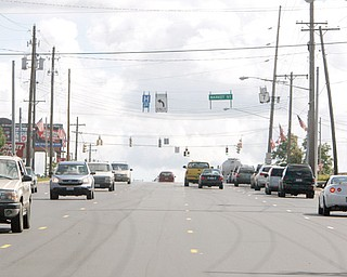 MARKET STREET MESS: Drivers unfamiliar with the major U.S. Route 224/state Route 7 intersection near the Circuit City store and Southern Park Mall in Boardman have apparently been confused by temporary road striping, causing increased accidents there.