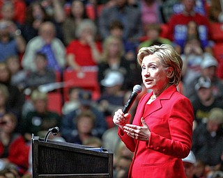 Hilary Clinton came out to show her support for Barack Obama at the YSU Beeghly Hall rally on Friday.