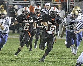 Akron Hoban vs Howland. Photo by Nick Mays.