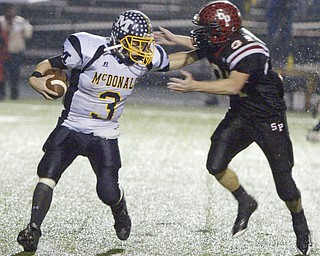 Norwalk vs MacDonald. Photo by William D. Lewis.