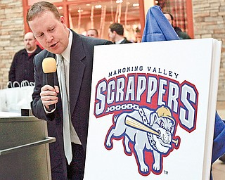 Dave Smith General Mgr of the Scrappers announcing the new logo at Eastwood Mall  in  Niles
