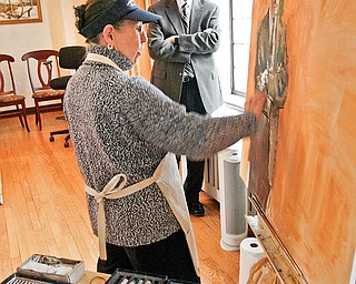 The Portrait Society of America has named Louis Zona, executive director of the Butler Institute of American Art in Youngstown, as the winner of its Leadership in the Arts award. Artist Judith Carducci will do a pastel portrait of Zona