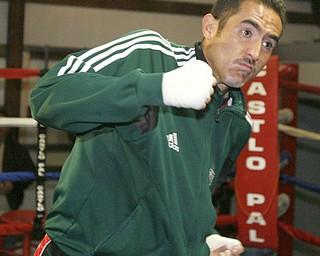 Marco Antonio Rubio  workout.