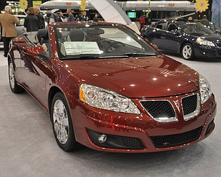 Pontiac G6 convertible at the 2009 Cleveland Auto Show