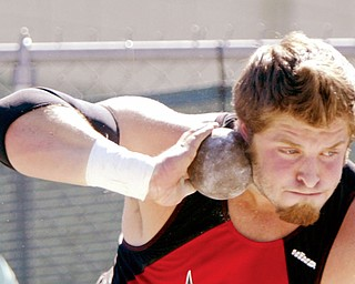 Canfield's Dustin Brode competes in shotput at Fitch Friday, May29, 2009.