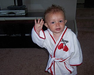 It's Saturday and Aunt Pamela is taking little ANTHONY PASTELLA to the gym to spar with Kelly Pavlik.