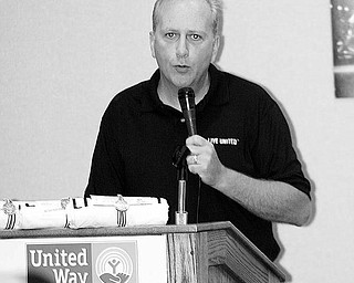 Bob Hannon, head of the United Way of Youngstown and the Mahoning Valley, discusses the plan to raise $2.5 million for various agencies. The UW's kickoff Pacesetter Campaign breakfast was Thursday in Boardman.