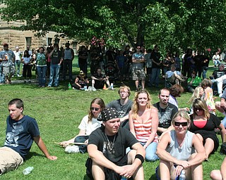 The crowd at the David Grohl Alley Dedication Ceremony in Warren.