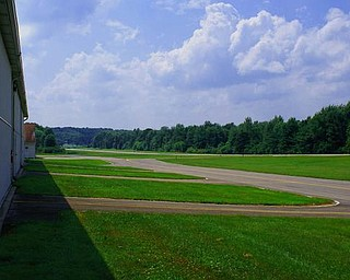 Youngstown-Elser Metro Airport