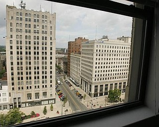 The Vindicator/Robert K. Yosay -----birds eye veiw looking west from one of the apartments - 