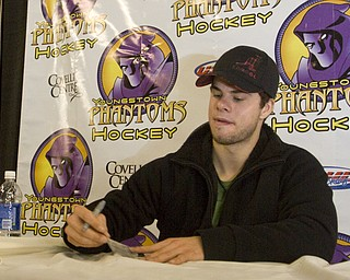 Pittsburgh Penguins Center Tyler Kennedy (48) meets and greets fans at Covelli Centre Friday evening before the Phantoms game against the Sioux Falls Stampede.