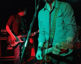 Robbie Jay McDonald, right, and Ryan Rexroad, of the Robbie Jay Band, peform at Cedars on Saturday, Feb. 27, 2009.