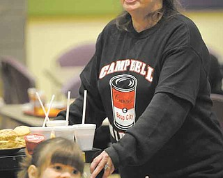 Cindy Slaney delivers healthy snacks and smoothies..