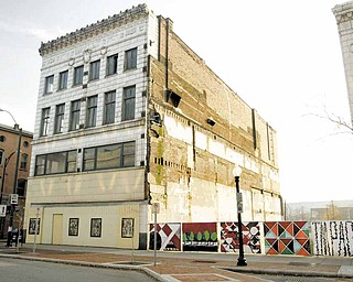 The Youngstown World Trade Center would convert the former Wells Building in downtown Youngstown into modern office space.