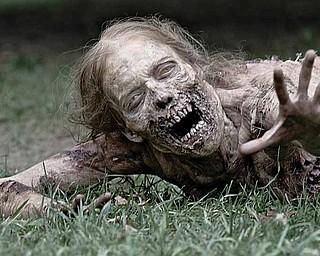 Girl zombie - The Walking Dead