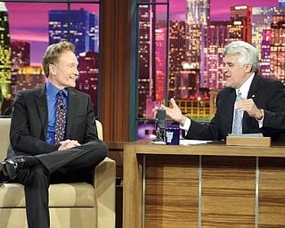 """Conan O'Brien talks to """"Tonight Show"""" host Jay Leno"""