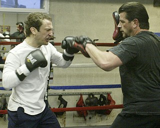Youngstown Middleweight boxer Billy Lyell prepares for a JAn. 29, 2011 fight in Mexico with Julio Cesar Chavez Jr.