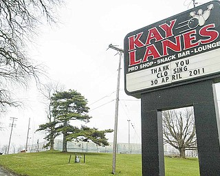 Kay Lanes in Girard is closing.