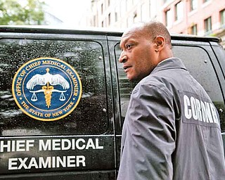 """Tony Todd as Bludworth in New Line Cinema's horror film """"FINAL DESTINATION 5,"""" a Warner Bros. Pictures release."""