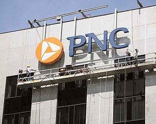 ROBERT K. YOSAY | THE VINDICATOR..Workers on the Scaffolding  -  at PNC  felt the shake but kept on working high atop the PNC building in downtown Youngstown --- A 5.9-magnitude earthquake hit West Virginia at 1:51 p.m. Tuesday afternoon, and the aftershock was felt as far west as Columbus, said E. Mac Swinford, assistant state geologist with the Ohio Division of Natural Resources..... -30-