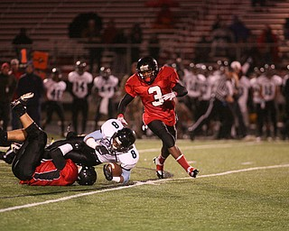 ROBERT K. YOSAY | THE VINDICATOR....East  Panthers at Canfield Cardinals .....-30