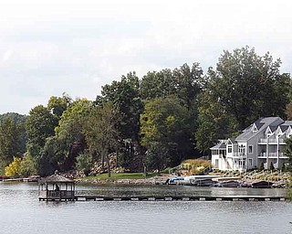 JESSICA M. KANALAS | THE VINDICATOR ..--example of lake front property...-30