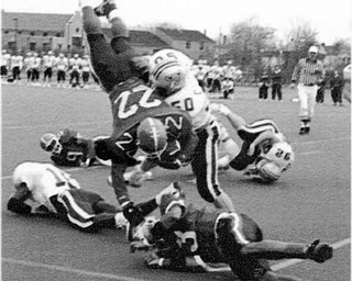 01/17/91 - Doug Oster.YSU VS Villanova - First down. Leo Hawkins is upended on his way to a first down and goal he was very close to a TD and scored soon after this play.