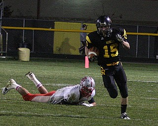 FOOTBALL - (19) Nick Blower takes off for a score Friday night in Crestview. - Special to The Vindicator/Nick Mays
