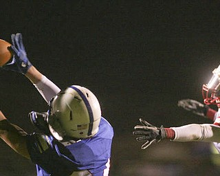 ROBERT  K.  YOSAY  | THE VINDICATOR --..Regional quarter final at Western Reserve Stadium - Western Reserve Blue Devils  VS   Villa Angela St Joesph Vikings.--30-..(AP Photo/The Vindicator, Robert K. Yosay)