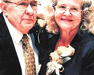 Mr. and Mrs. Earl Scheetz