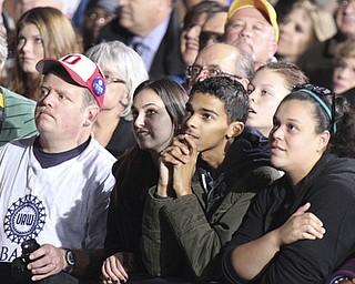 William d Lewis the vindicator   Crowd during Biden Clinton rally 102912.