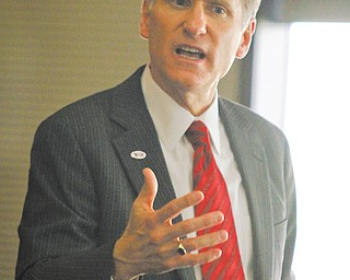 Randy Dunn, one of three finalists for YSU president, addresses an open forum Thursday on campus.