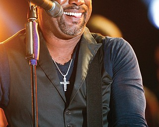 "Darius Rucker performs at the 47th annual CMA Awards with a performance of ""Wagon Wheel"" at Bridgestone Arena on Wednesday, Nov. 6, 2013, in Nashville, Tenn. (Photo by Wade Payne/Invision/AP)"