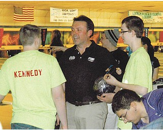 Ken Yokobosky, professional bowler and coach from New Jersey, is enjoying mentoring Austintown Fitch High School bowlers at the Hubbard Open Pro-Am. Photo by Doxie Damico of Austintown.
