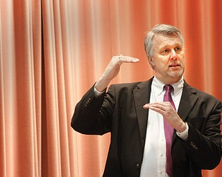 Mark Johnson, director of the advanced-manufacturing office at the U.S. Department of Energy, addresses participants Monday at a Sustainable Energy Forum at Youngstown State University.