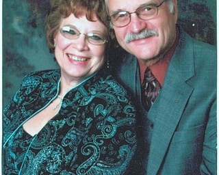 Mr. and Mrs. Robert Chmelik
