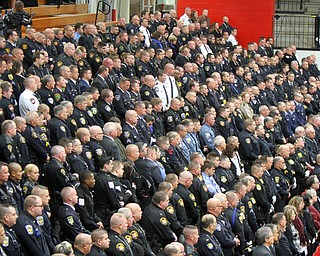 William D Lewis The vindicator  Thousands of police officers in YSU Beegley Center for Justin Leo 10292017 wdl funeral d.funeral service 10-29-17.