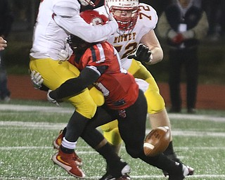 ROBERT K YOSAY  | THE VINDICATOR..Cardinal Mooney vs Steubenville Big Red at Salem Stadium...-30-