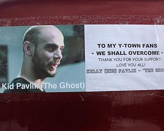 Fan supports Pavlik
