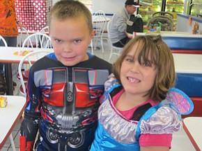 Cornersburg Dairy Queen hosts pumpkin hunt