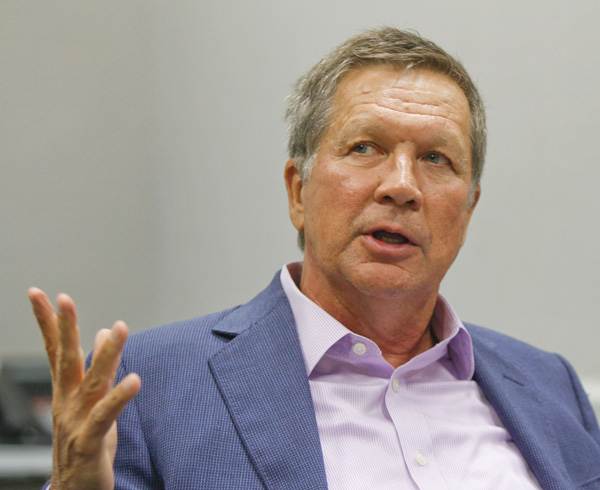 Gov. Kasich lauds progress made by Y'town schools under CEO Mohip