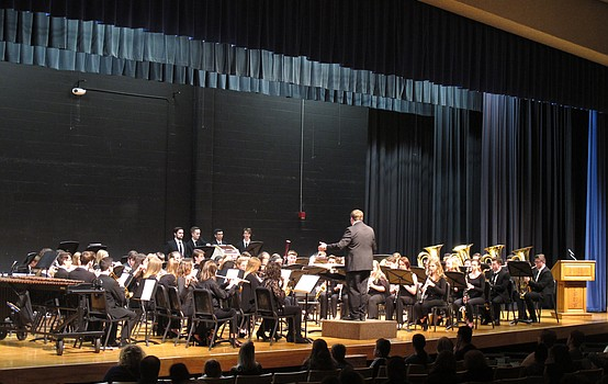 Poland high school entertains at winter concert