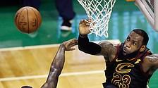 Cavs defeat Celtics to advance to the NBA Finals