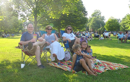 Night in Boardman Park offers family fun