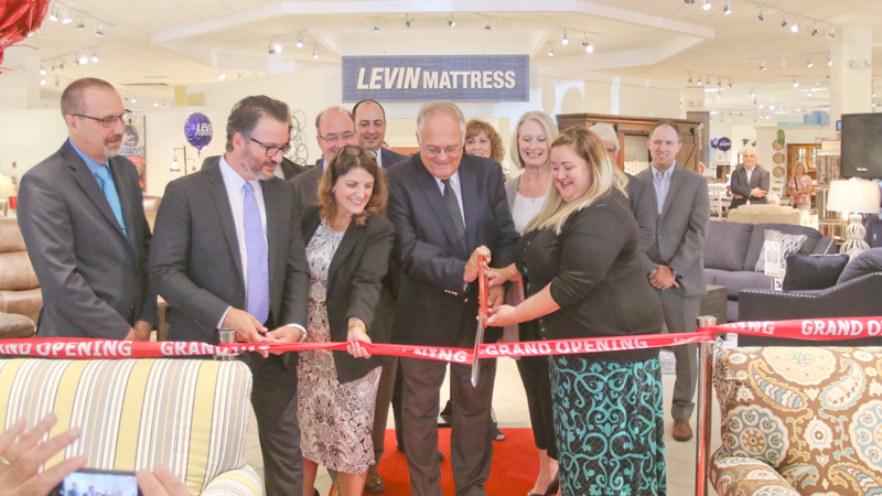 Levin Furniture Now Open In Boardman Vindy Com