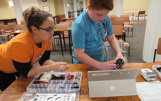Library embraces STEM with robot building event