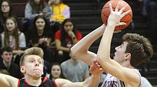 Boardman wins 14th straight in rout of Canfield