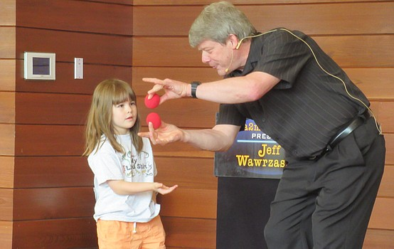 Readers treated to Spectacular Magic Show